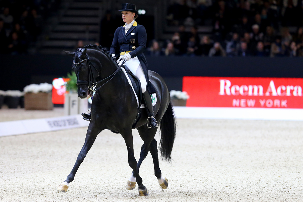 Germany's Isabell Werth and Weihegold produced a spectacular victory at the second leg of the FEI World Cup™ Dressage 2016/2017 Western European League in Lyon (FRA). Photo Pierre Costabadie/FEI