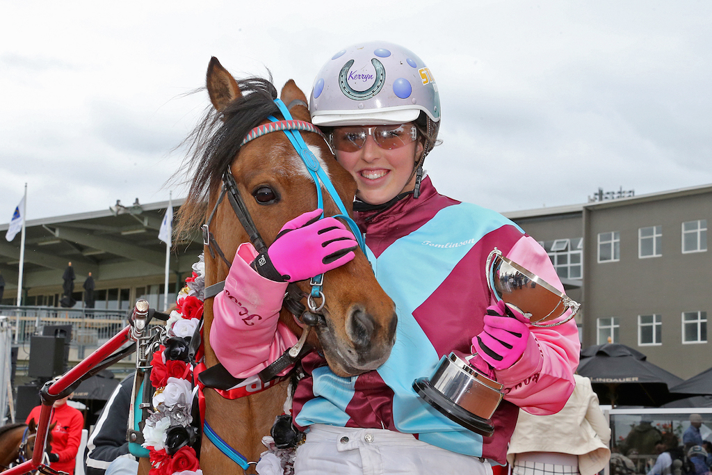 Kerryn Tomlinson and her pony Boost after their big win (Image: Harness Racing NZ)